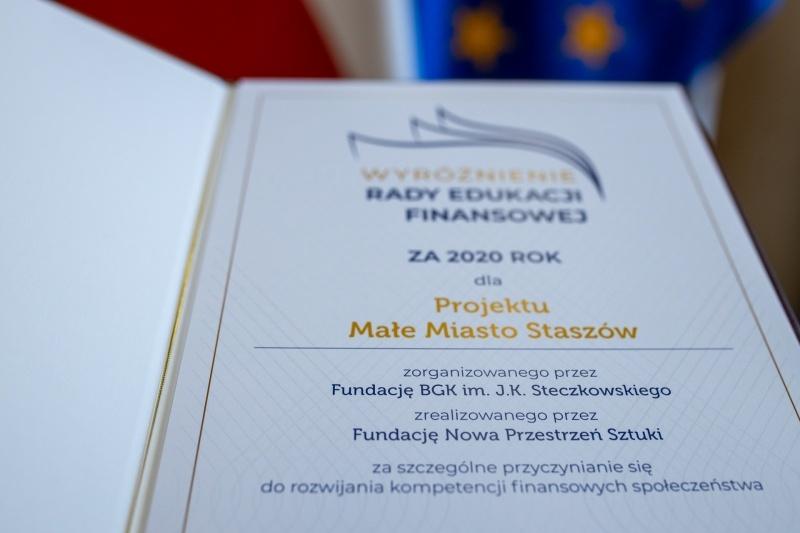 Wyróżnienie Rady Edukacji Finansowej dla najlepszej inicjatywy z zakresu edukacji finansowej w roku 2020