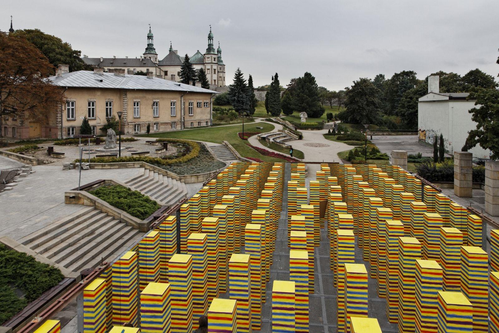 """2011 rok – """"Realizacja malarska"""" Leon Tarasewicz"""
